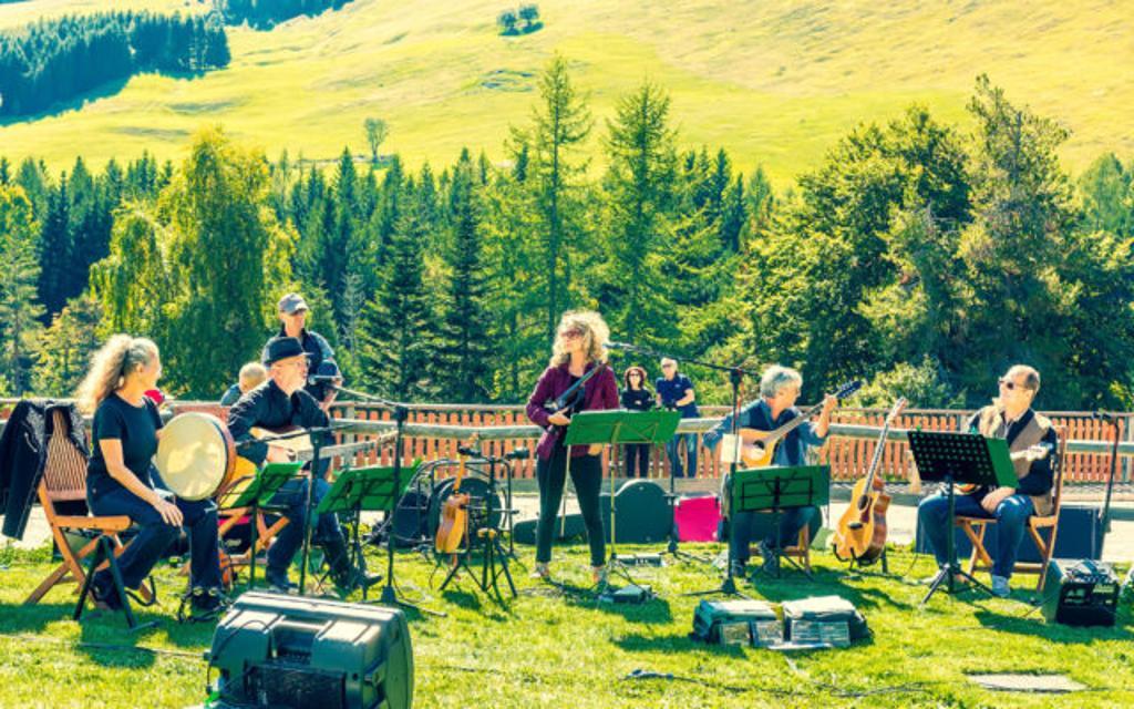 Un concerto silenzioso immerso nella natura