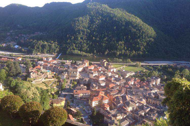 Varallo, veduta del centro storico dal Sacro Monte