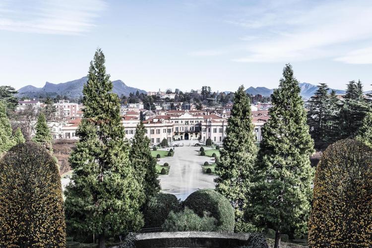 Varese, Palazzo e giardini Estensi