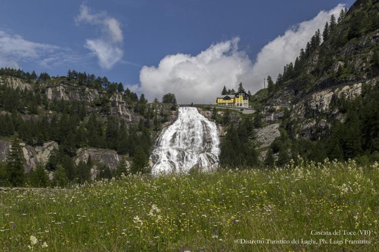 Ossola, cascata del Toce (VB) @ Distretto Turistico dei Laghi, Ph. Luigi Framarini